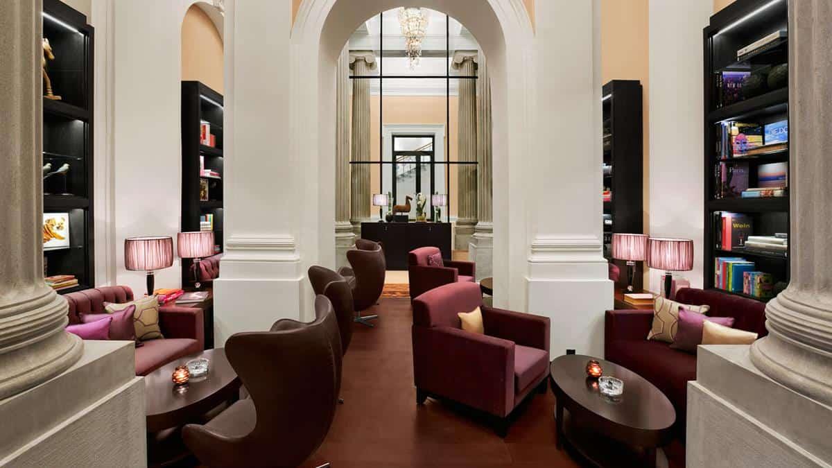 Palais Hansen Kempinski Vienna cigar lounge