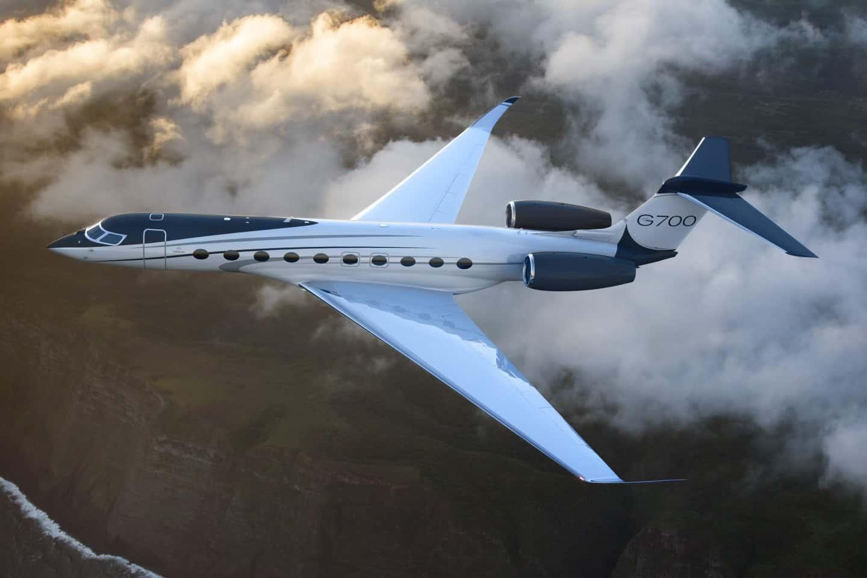 Gulfstream G700 1