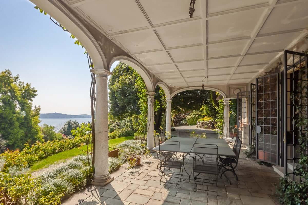 Lake Maggiore villa 11