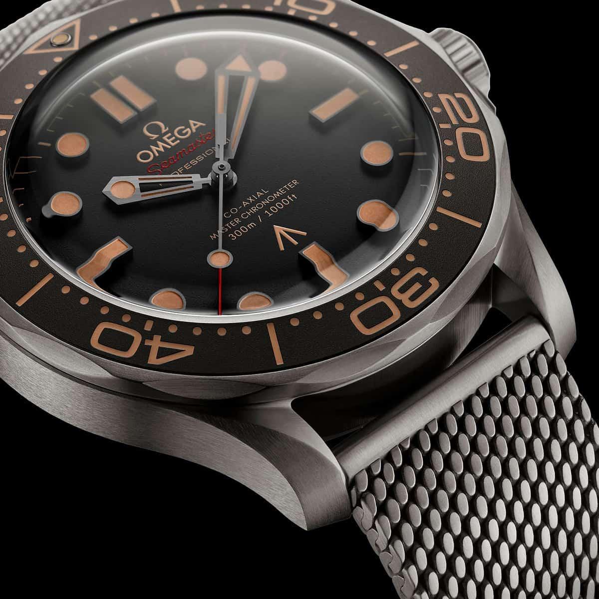 OMEGA Seamaster Diver 300M 007 3