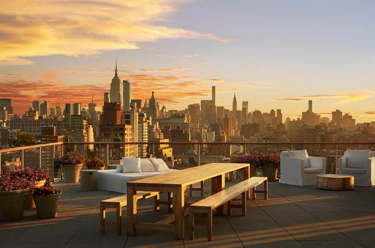 These are the 15 Best Rooftop Bars in NYC!