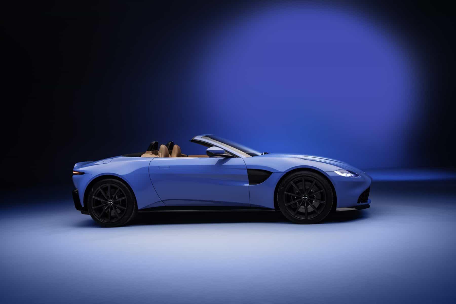 2021 Aston Martin Vantage Roadster 3