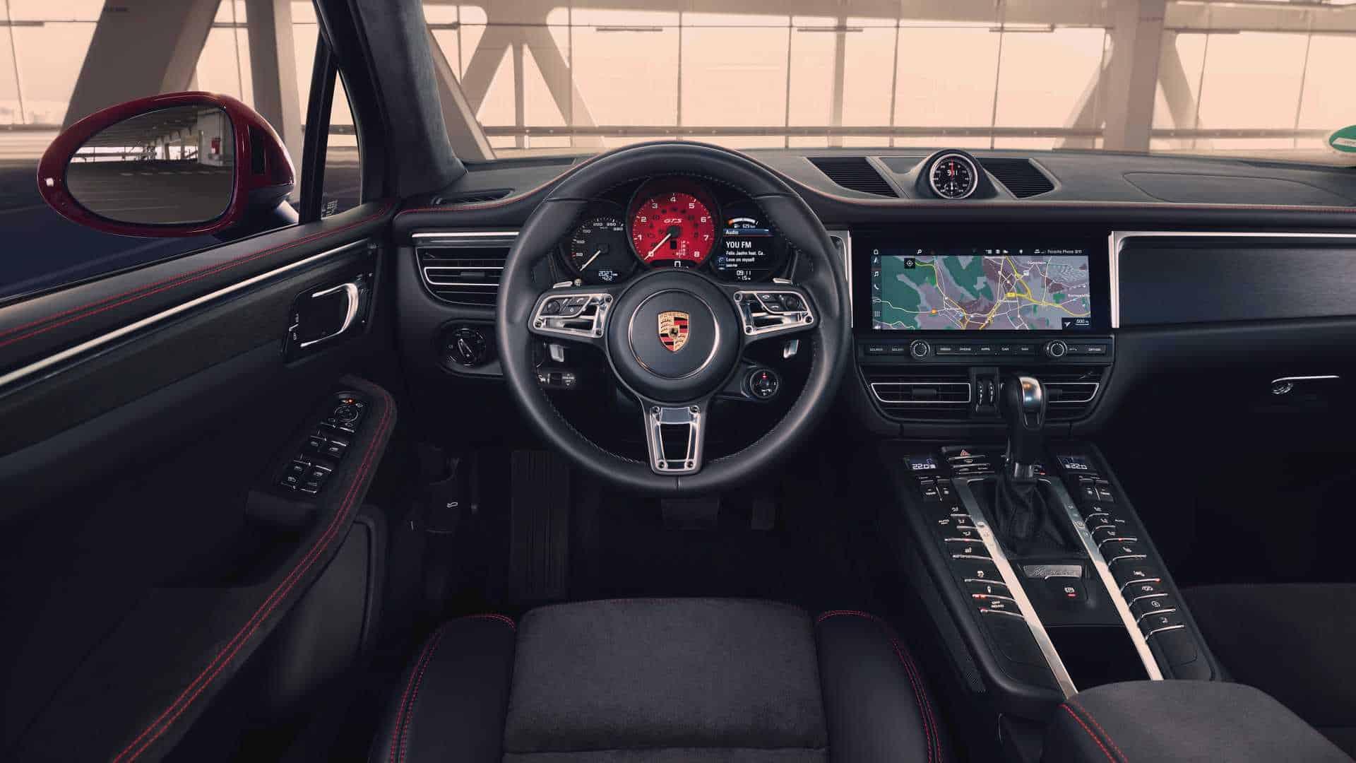 Porsche Macan GTS 5