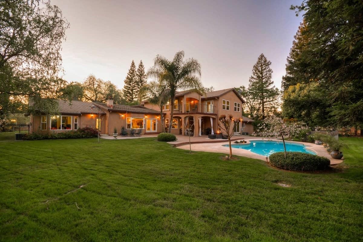 Sacramento Estate 3