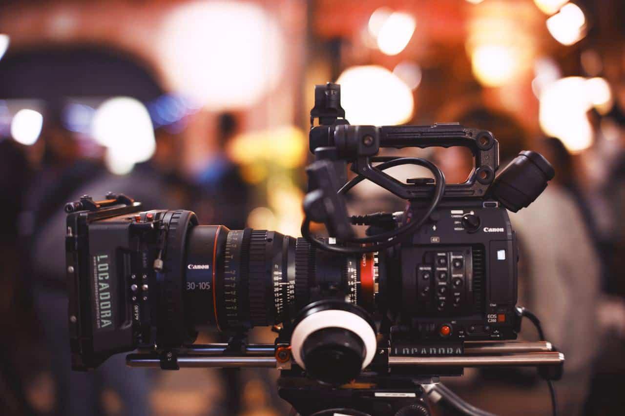 canon-camera-2335048