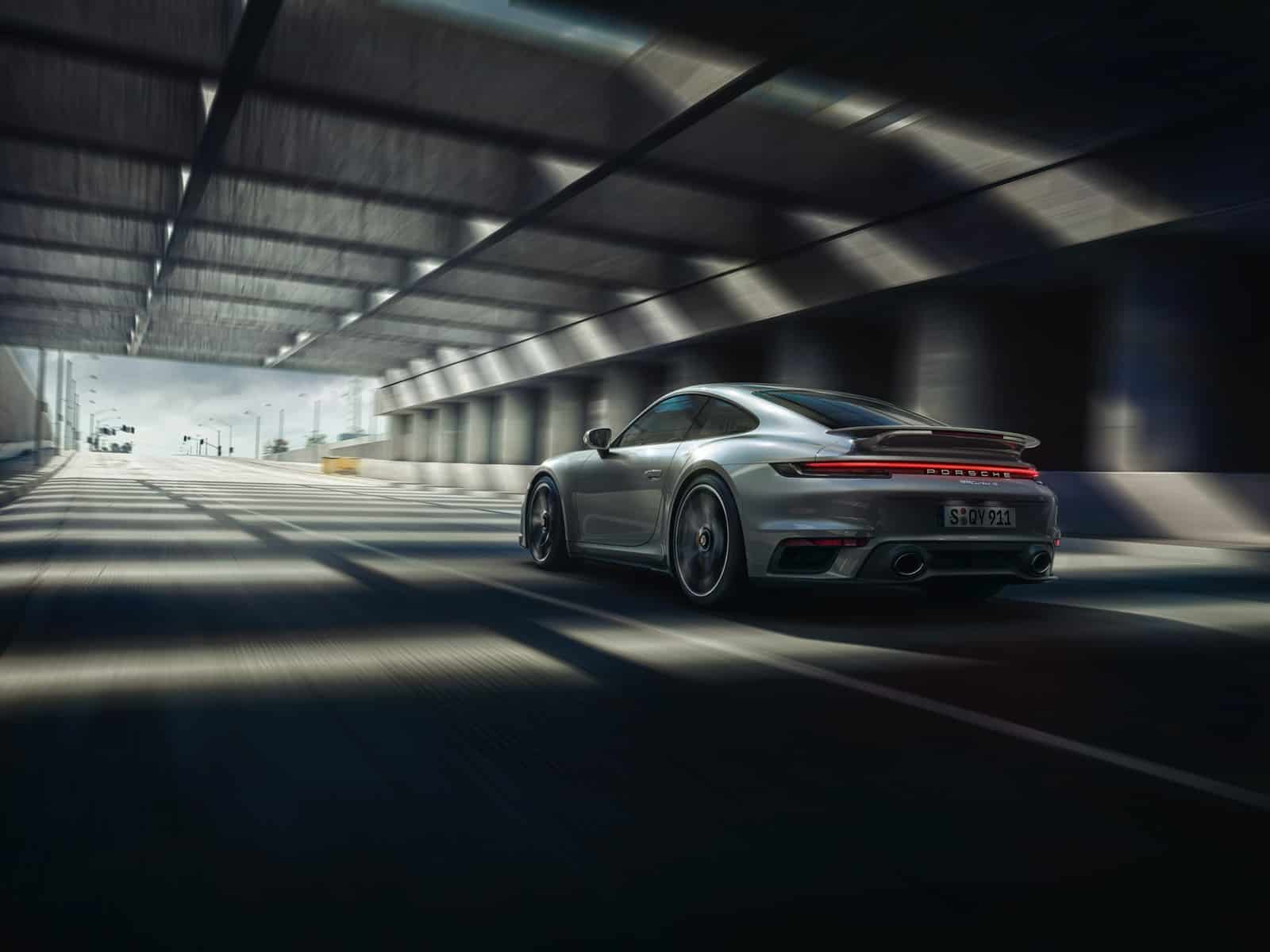 2021 Porsche 911 Turbo S 2
