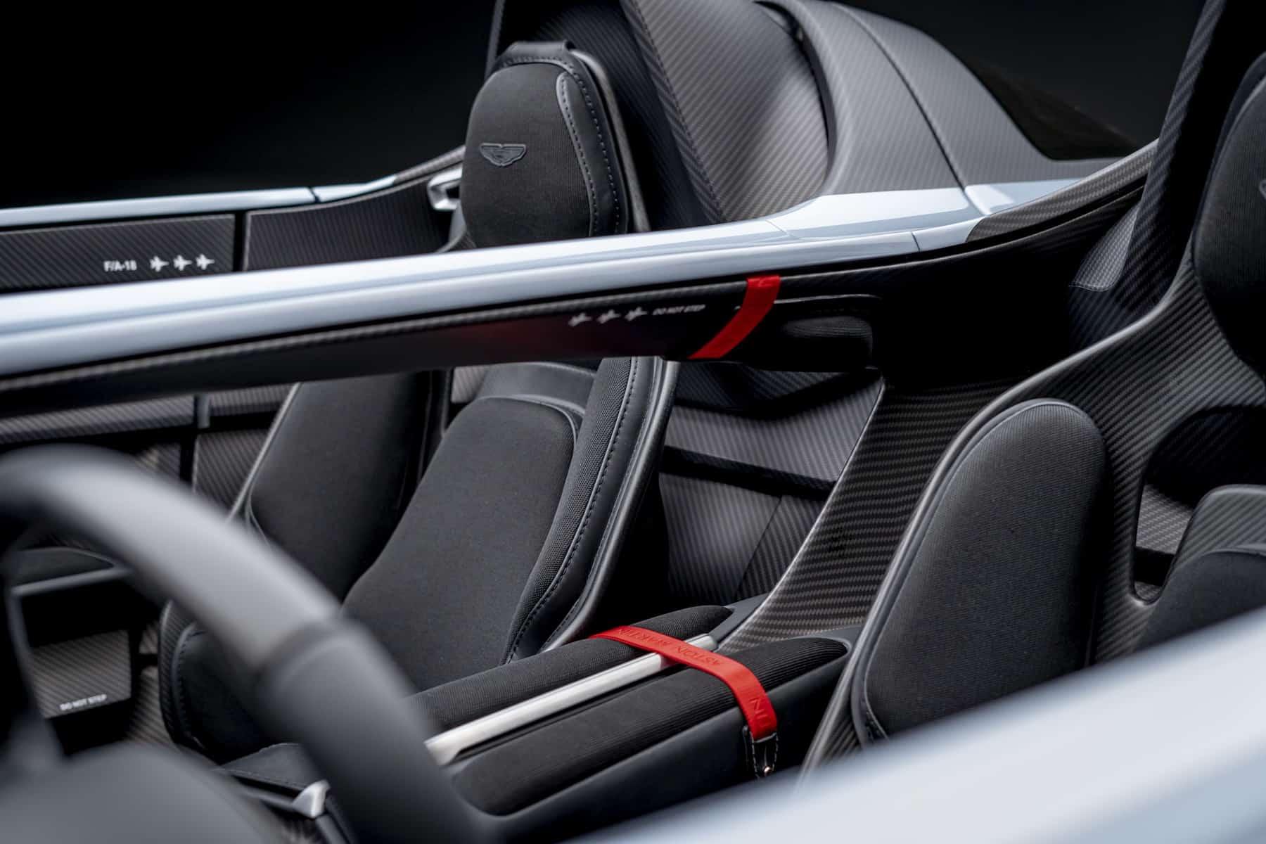 Aston Martin V12 Speedster 10