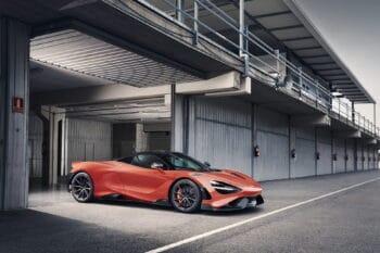 McLaren 765LT 1