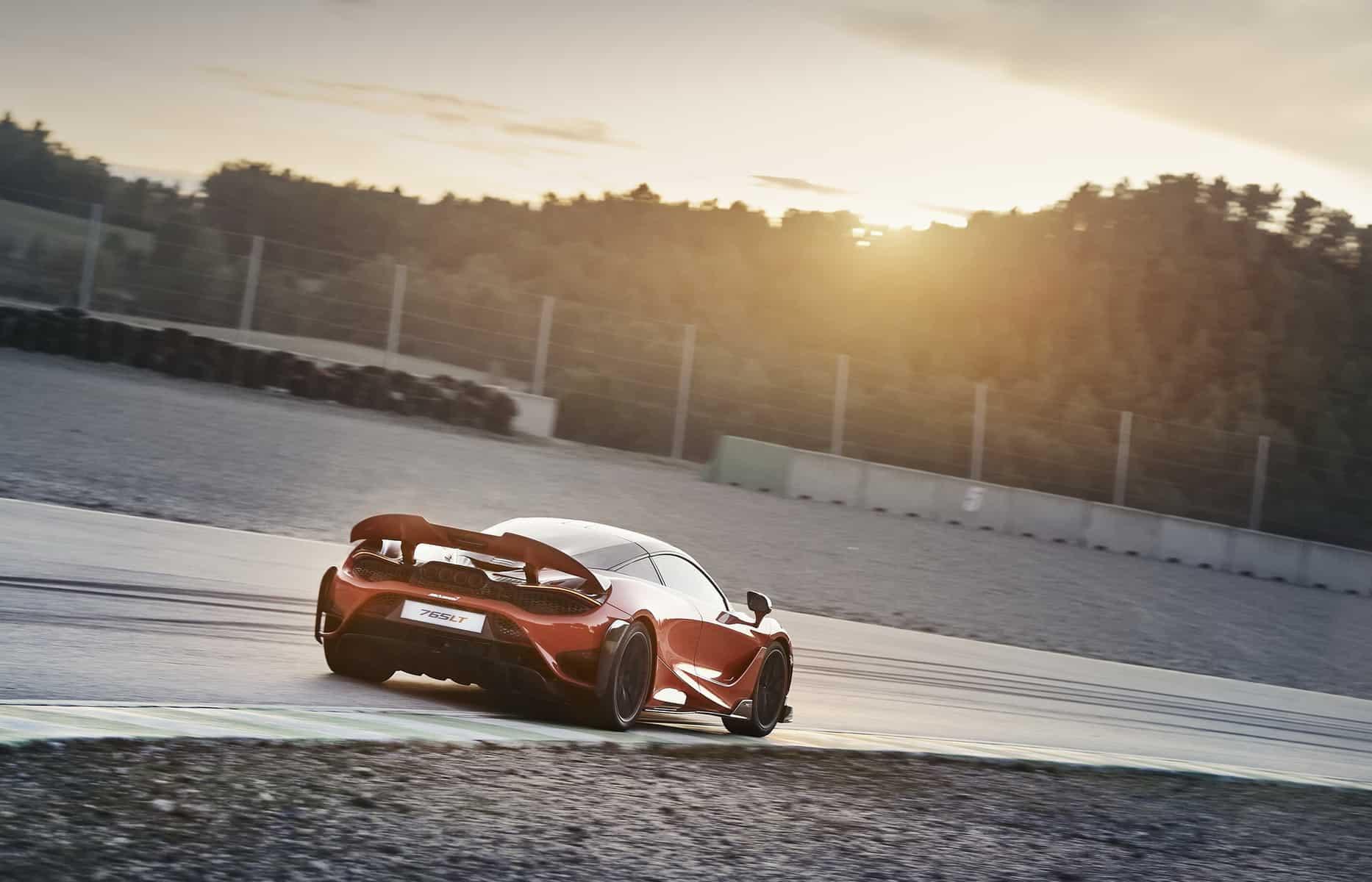 McLaren 765LT 13
