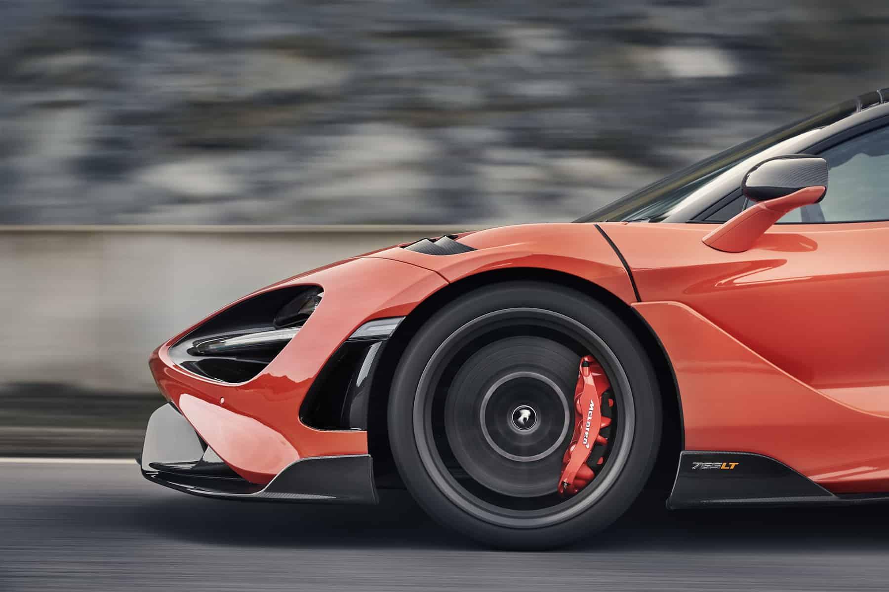 McLaren 765LT 19