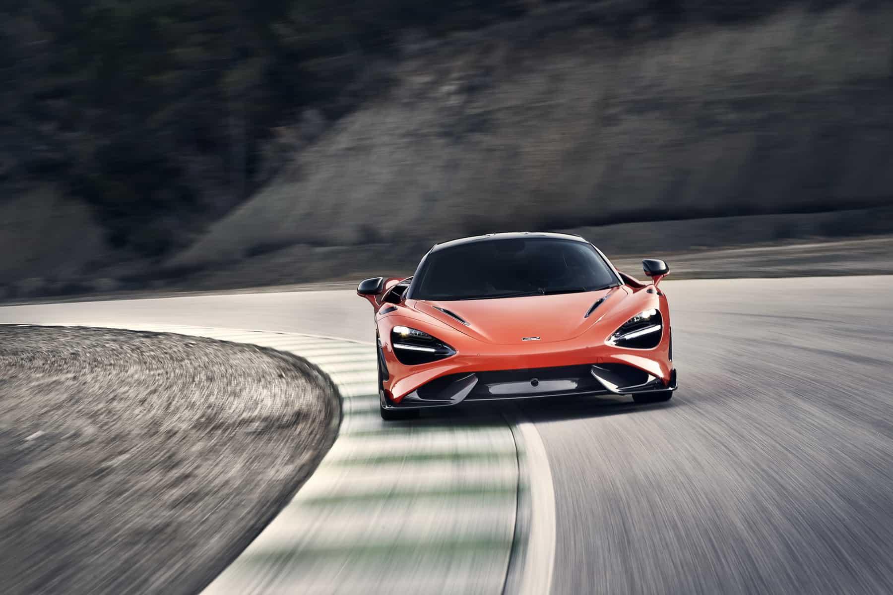 McLaren 765LT 5