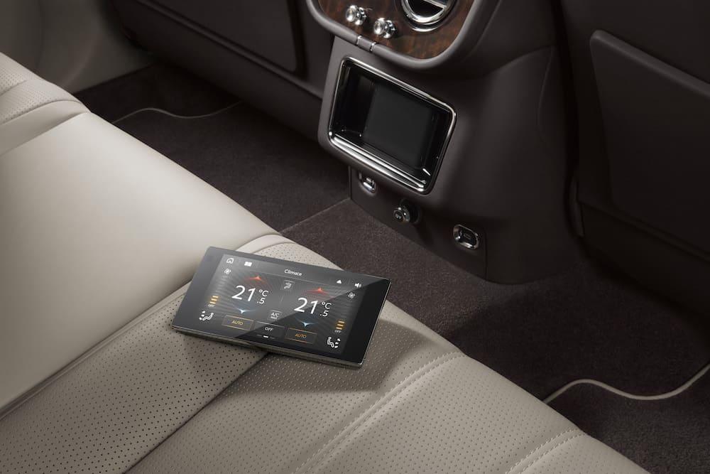 Bentley Bentayga Facelift 11