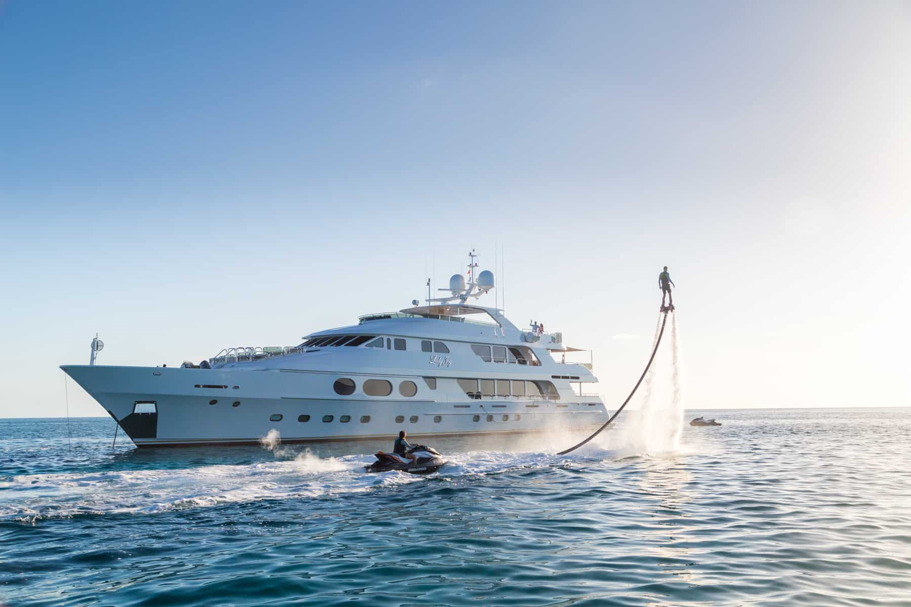 Superyacht LADY JOY 3