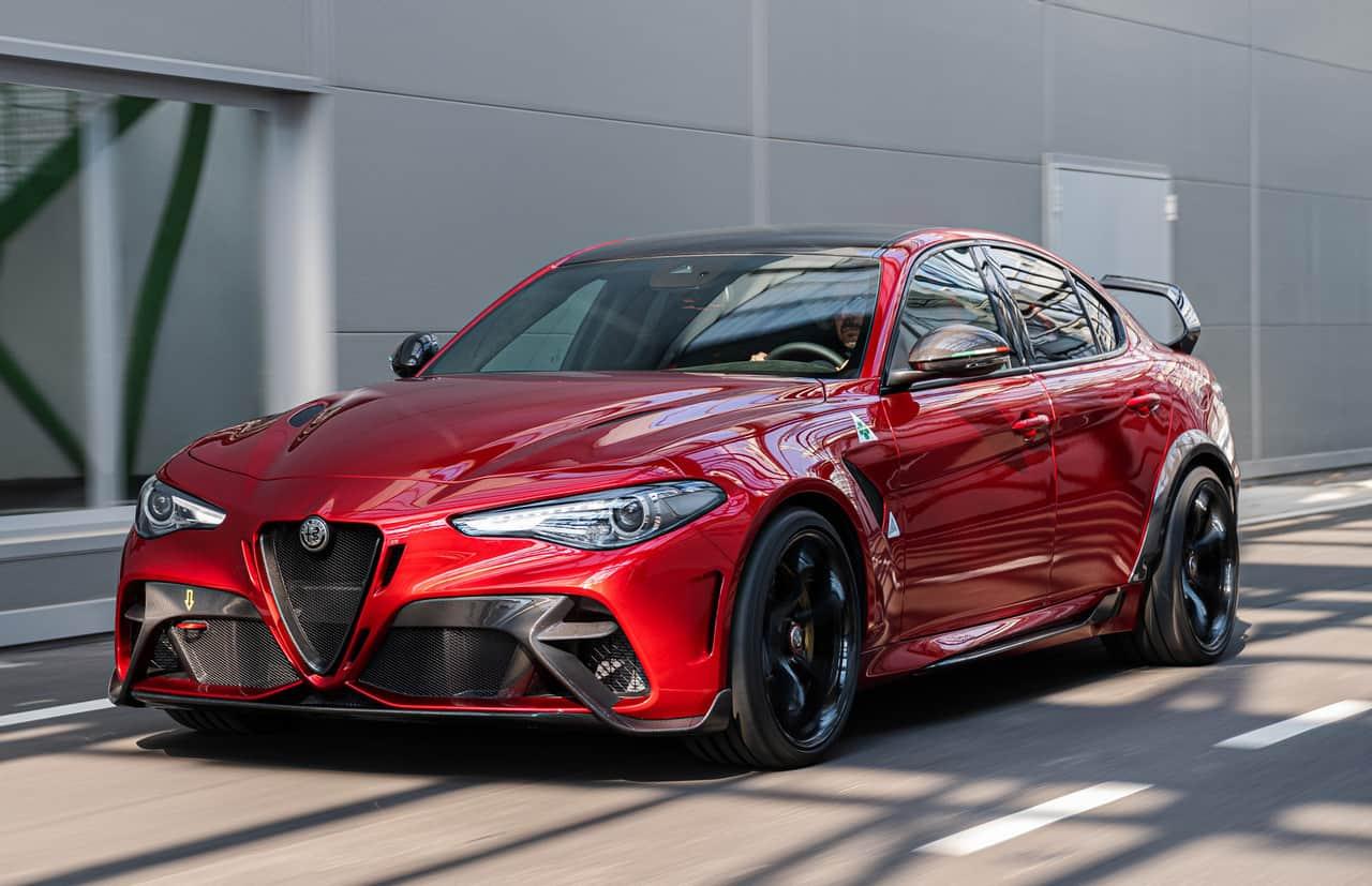 2020 Alfa Romeo Giulia 1