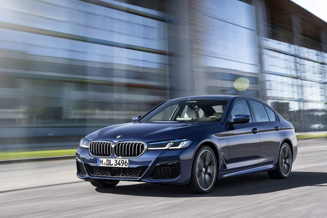 2020 BMW 5-Series1