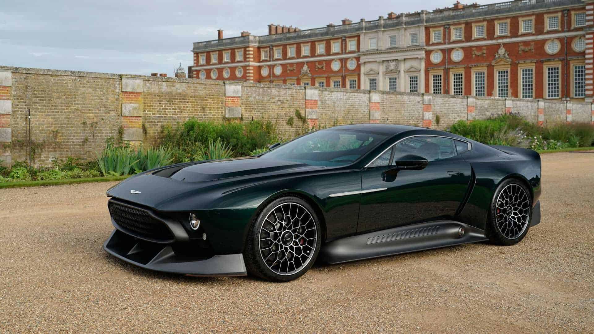 Aston Martin Victor 3