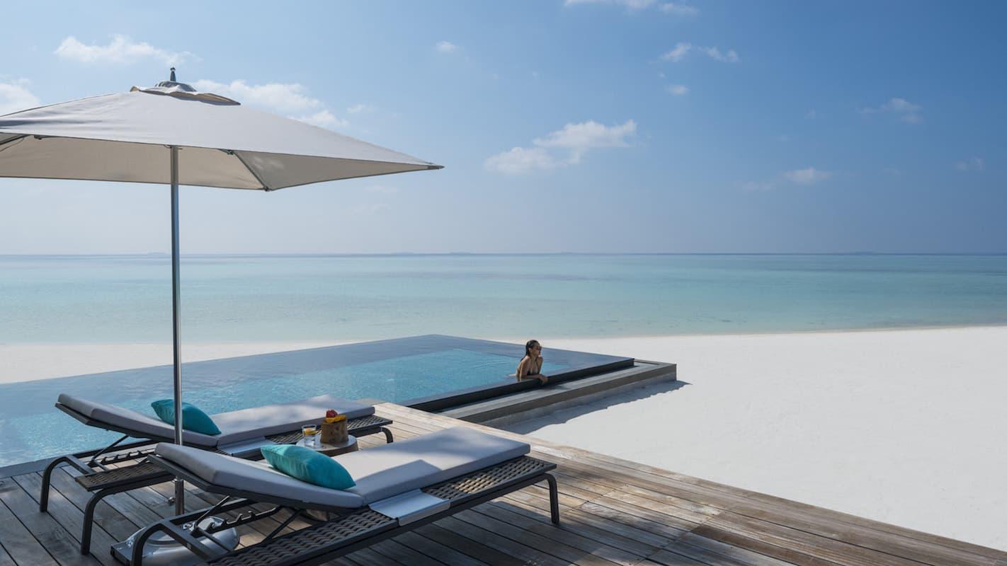 Four Seasons Private Island Maldives at Voavah 3