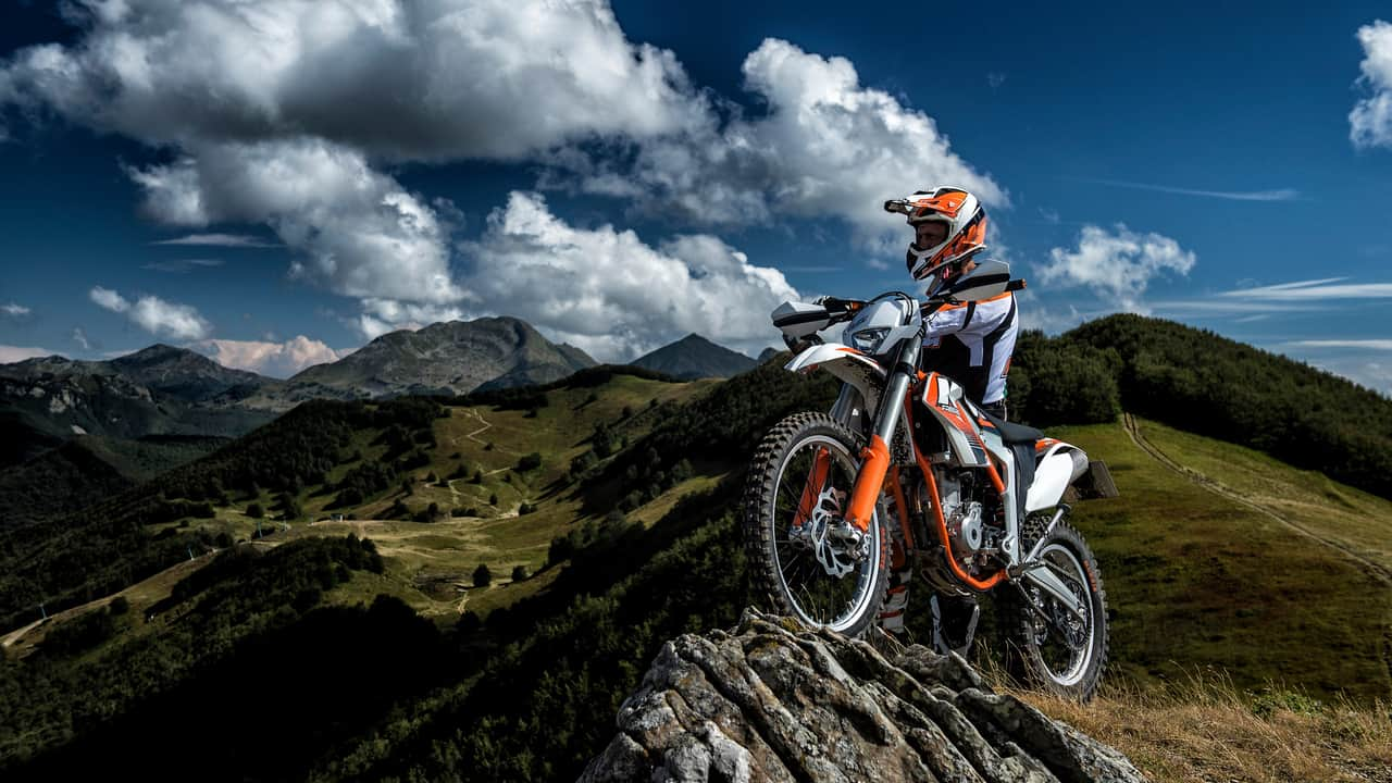 The 10 Best Electric Dirt Bikes of 2020