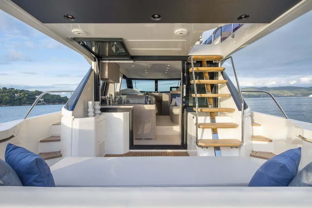 Ferretti Yachts 500 5
