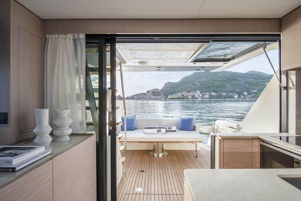 Ferretti Yachts 500 9