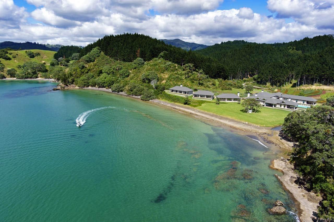 Helena Bay Lodge 2