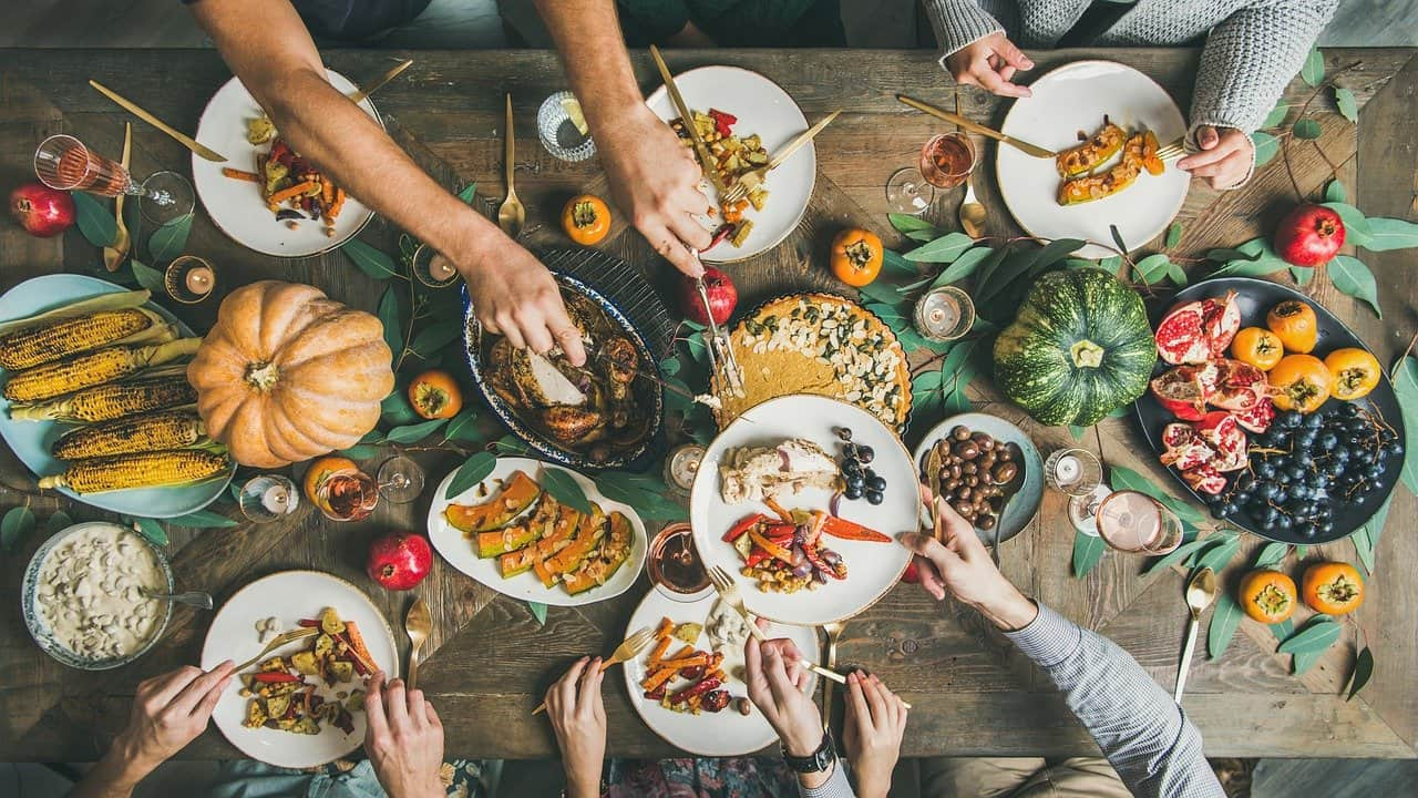 10 Ideas for Celebrating Thanksgiving This Year