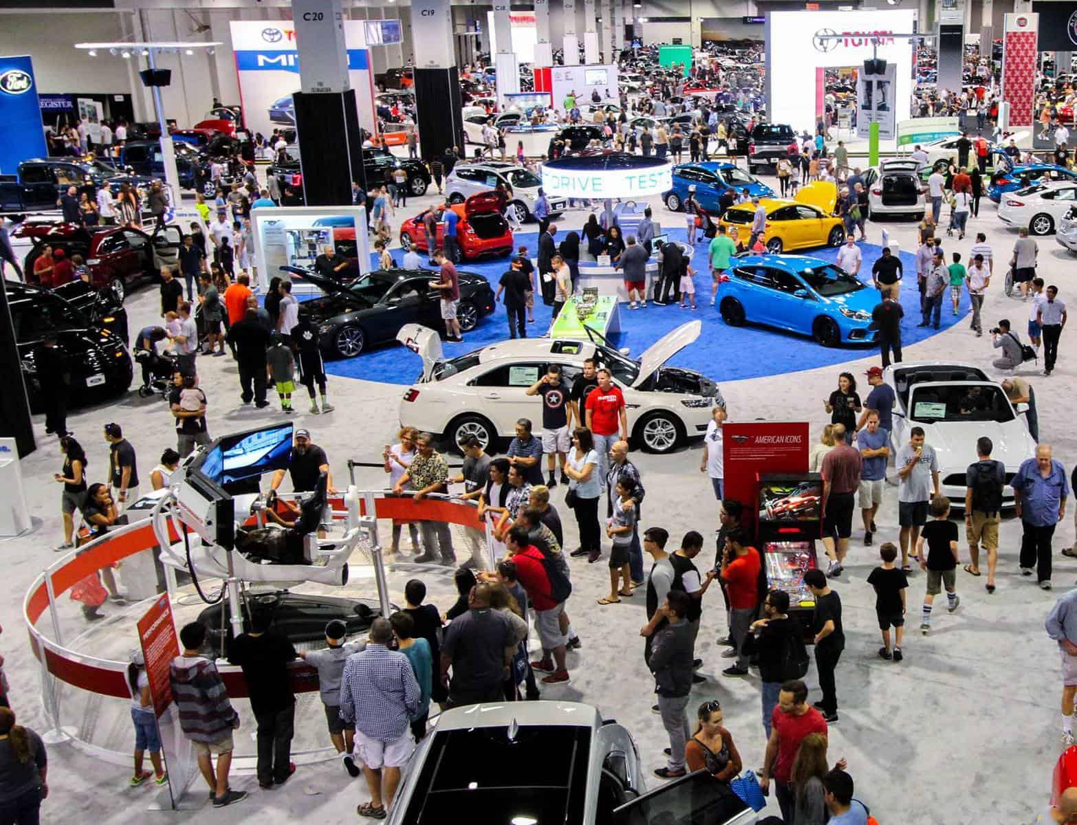 Nashville International Auto Show crowd