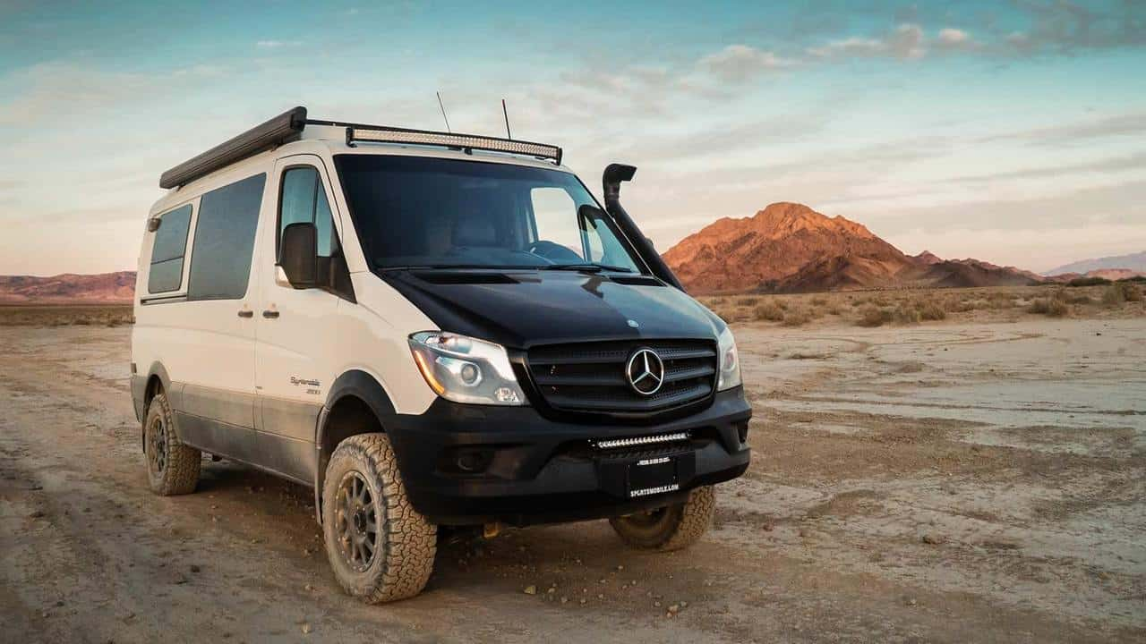 Sportsmobile Mercedes-Benz 4×4 Sprinter 2