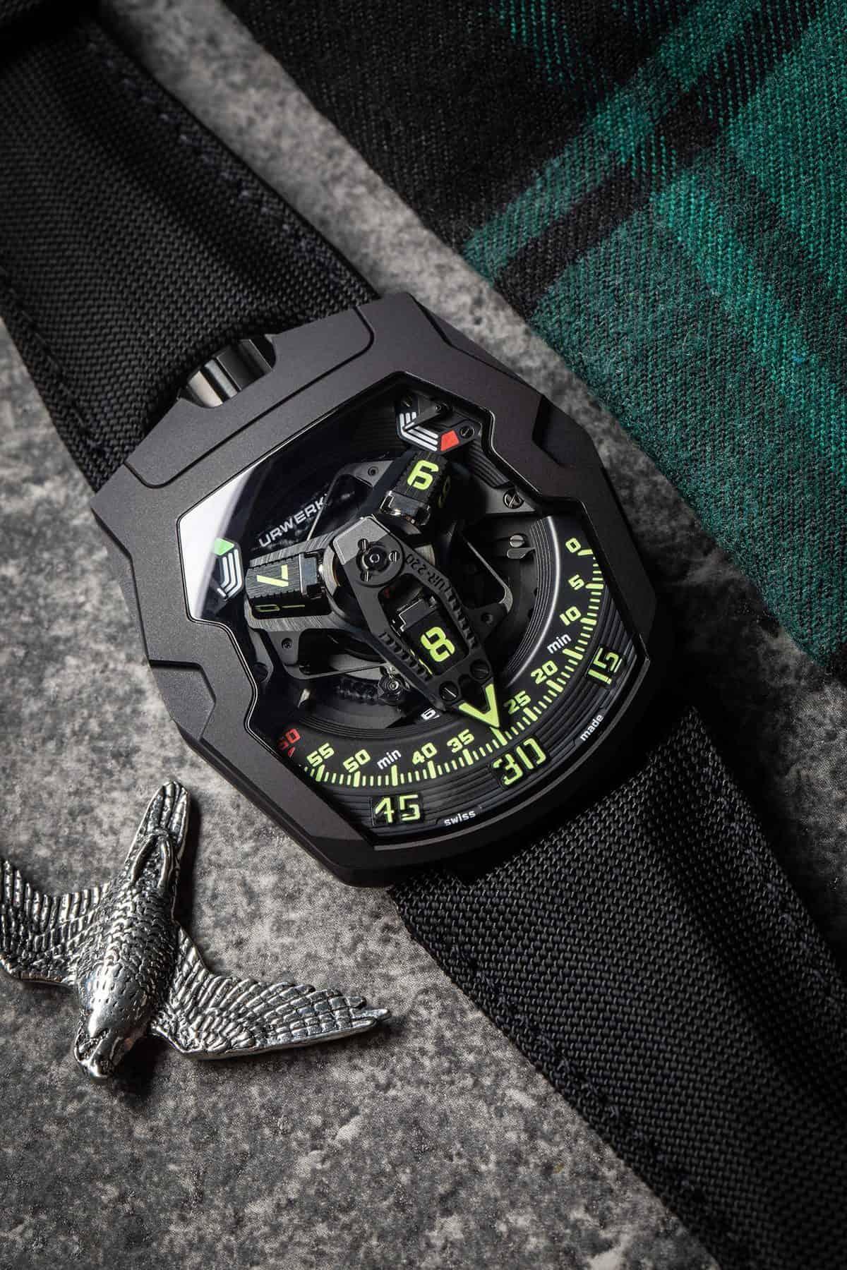 URWERK UR-220 All Black 4