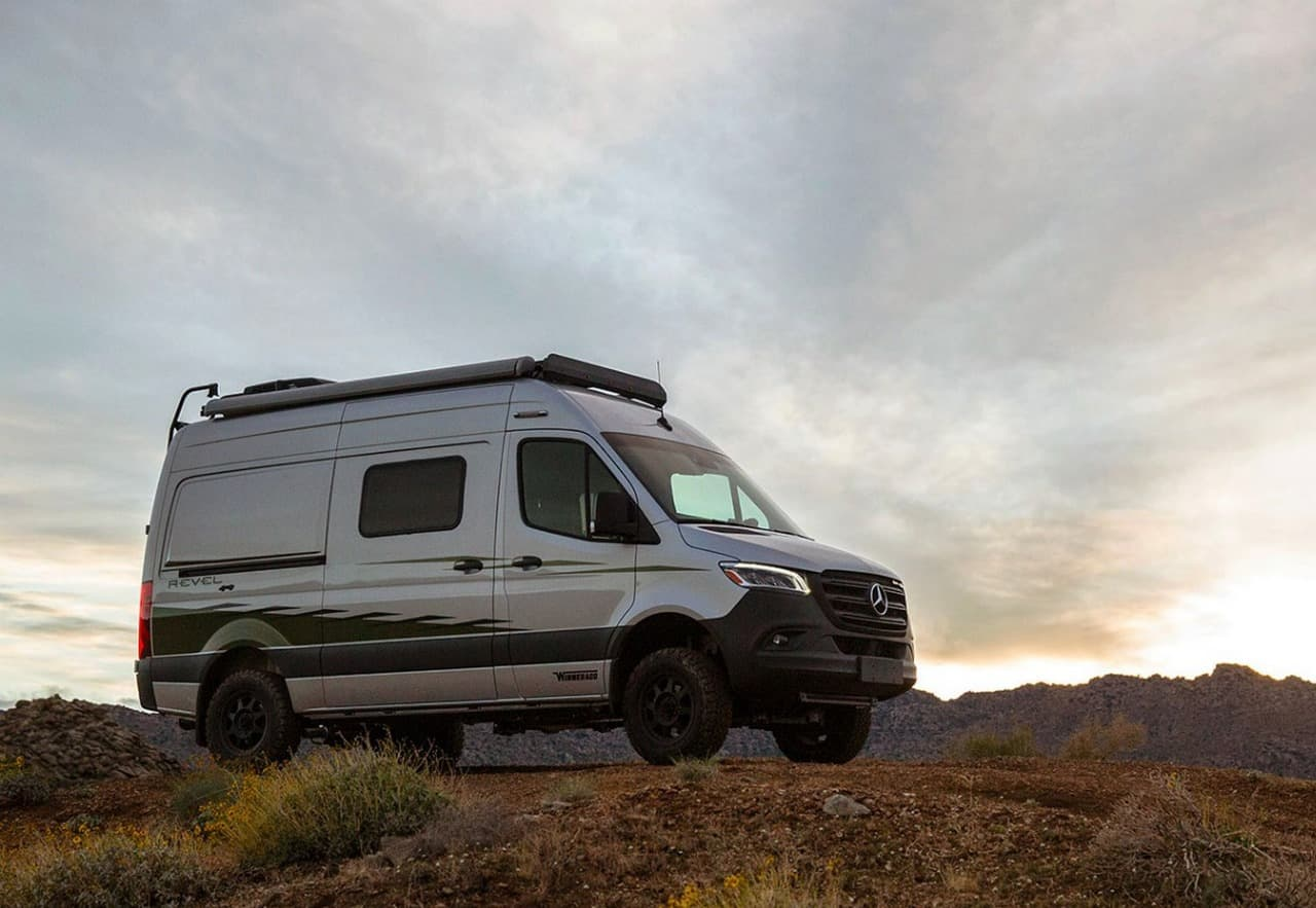 Winnebago Revel 4×4 1