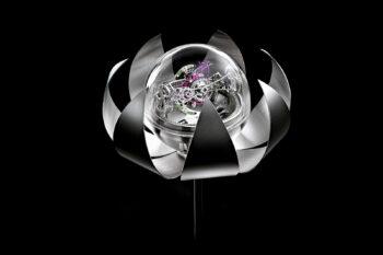 Anton Suhanov Lotus clock 1