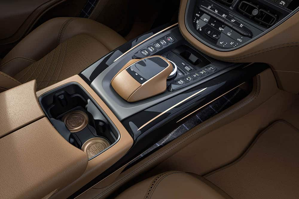 Aston Martin DBX Bowmore Edition 13