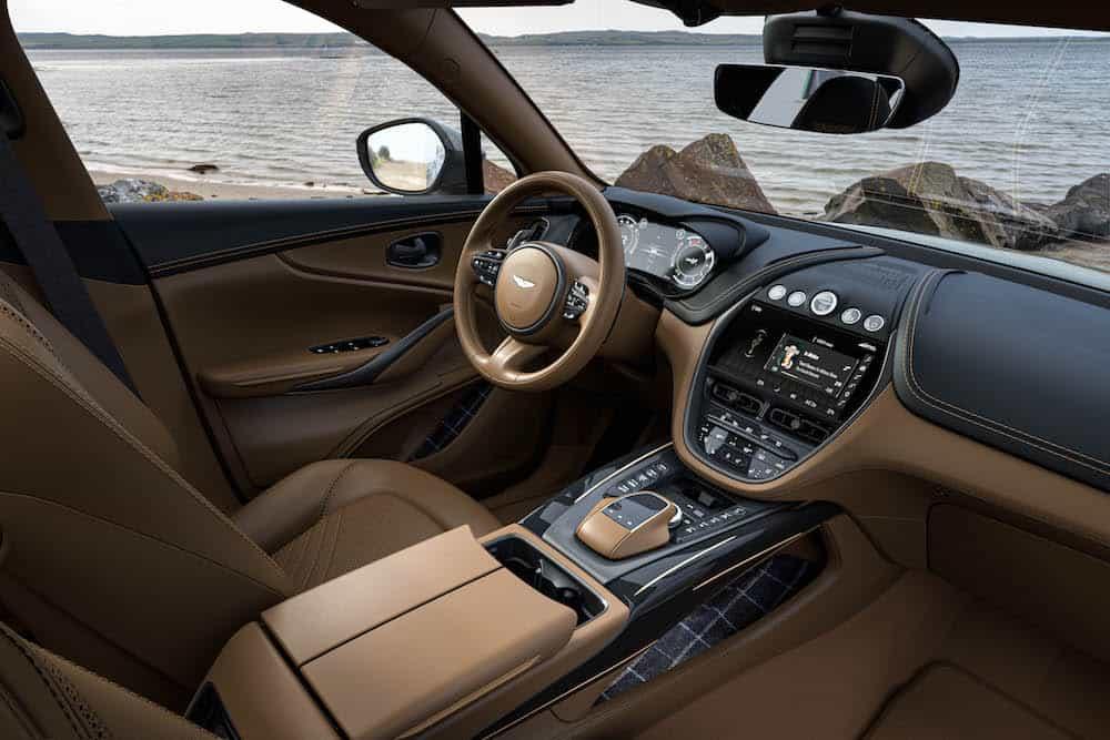 Aston Martin DBX Bowmore Edition 8