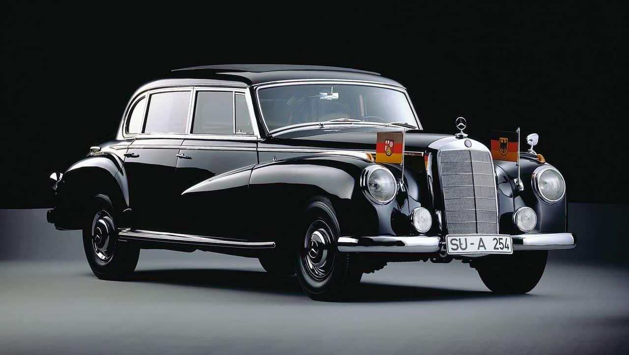 Mercedes-Benz 300D Adenauer