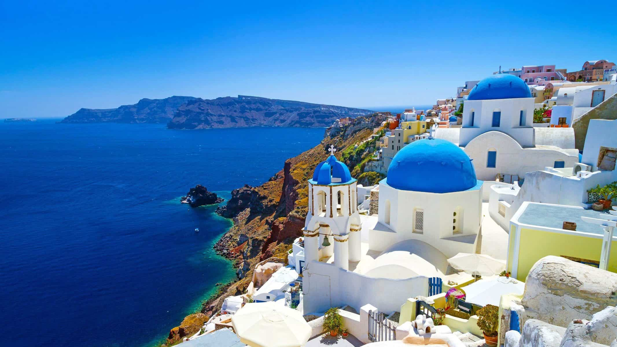Santorini luxury travel