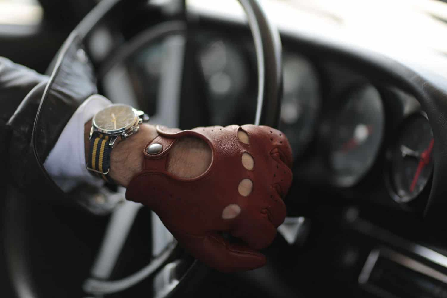 The 15 Best Driving Gloves for Men in 2021