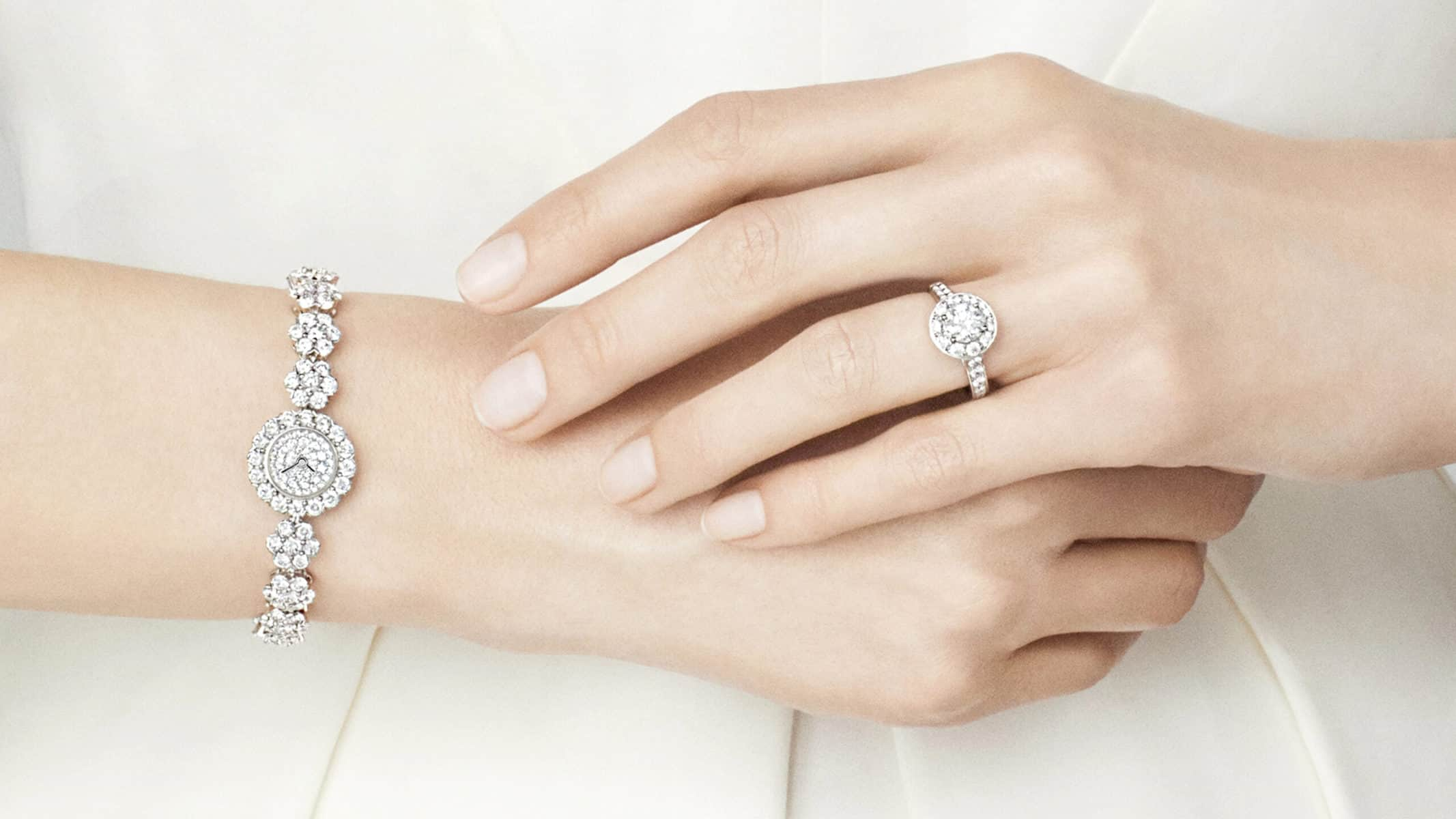 Van Cleef Halo Engagement Rings