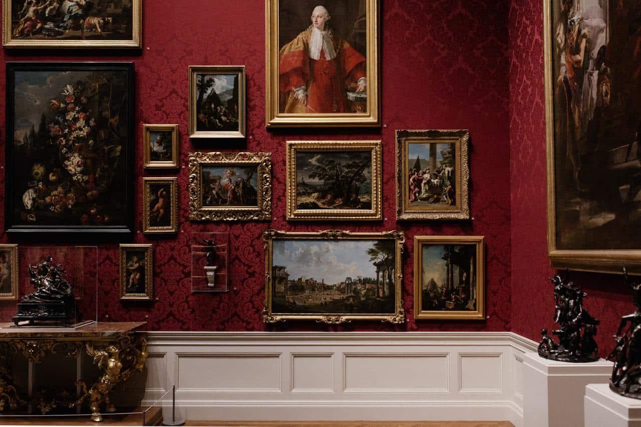 Vast Art Collections