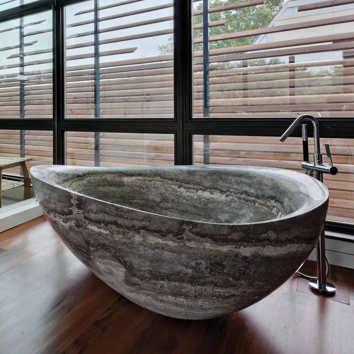 Natural Stone Bath