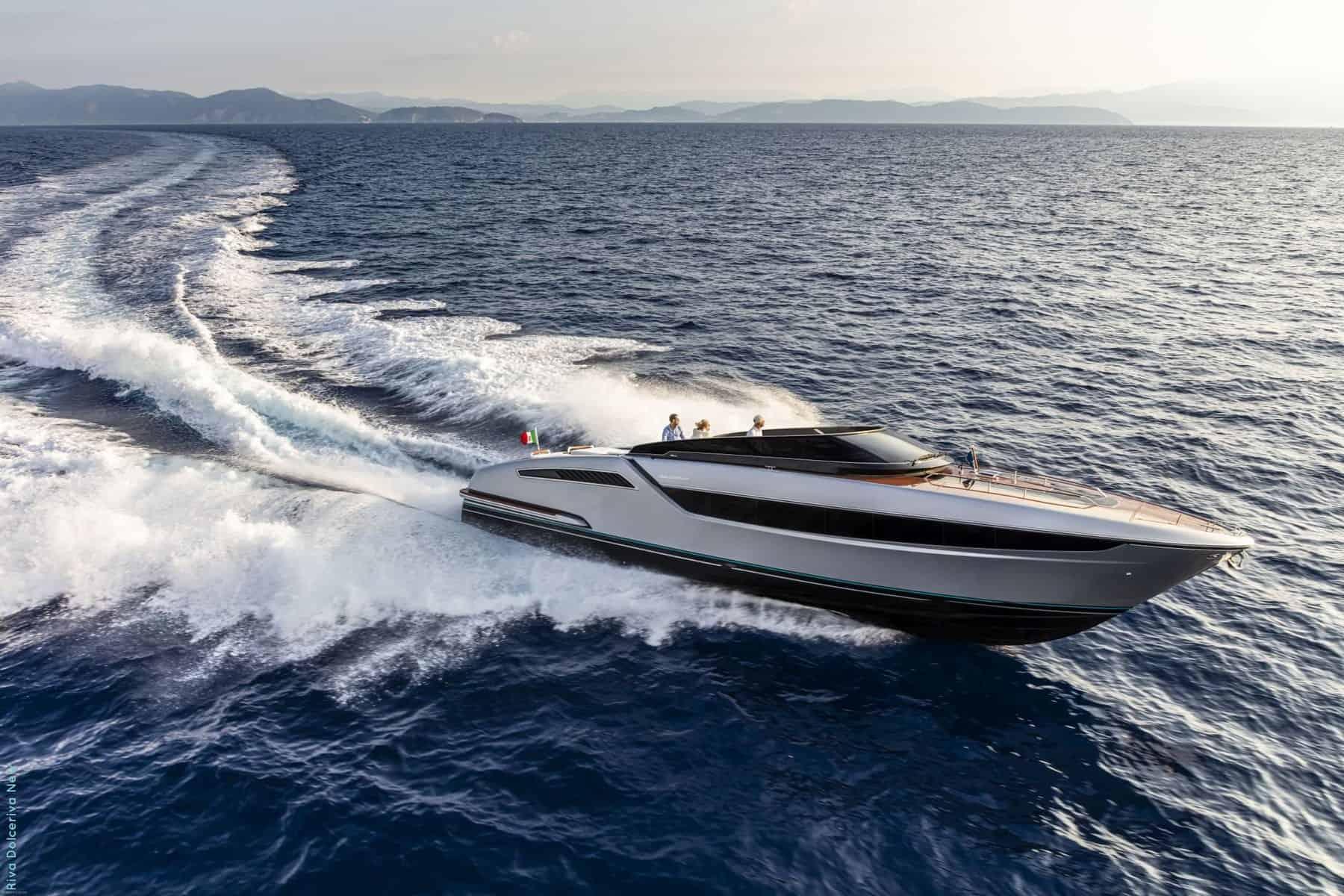 Riva Dolceriva yacht