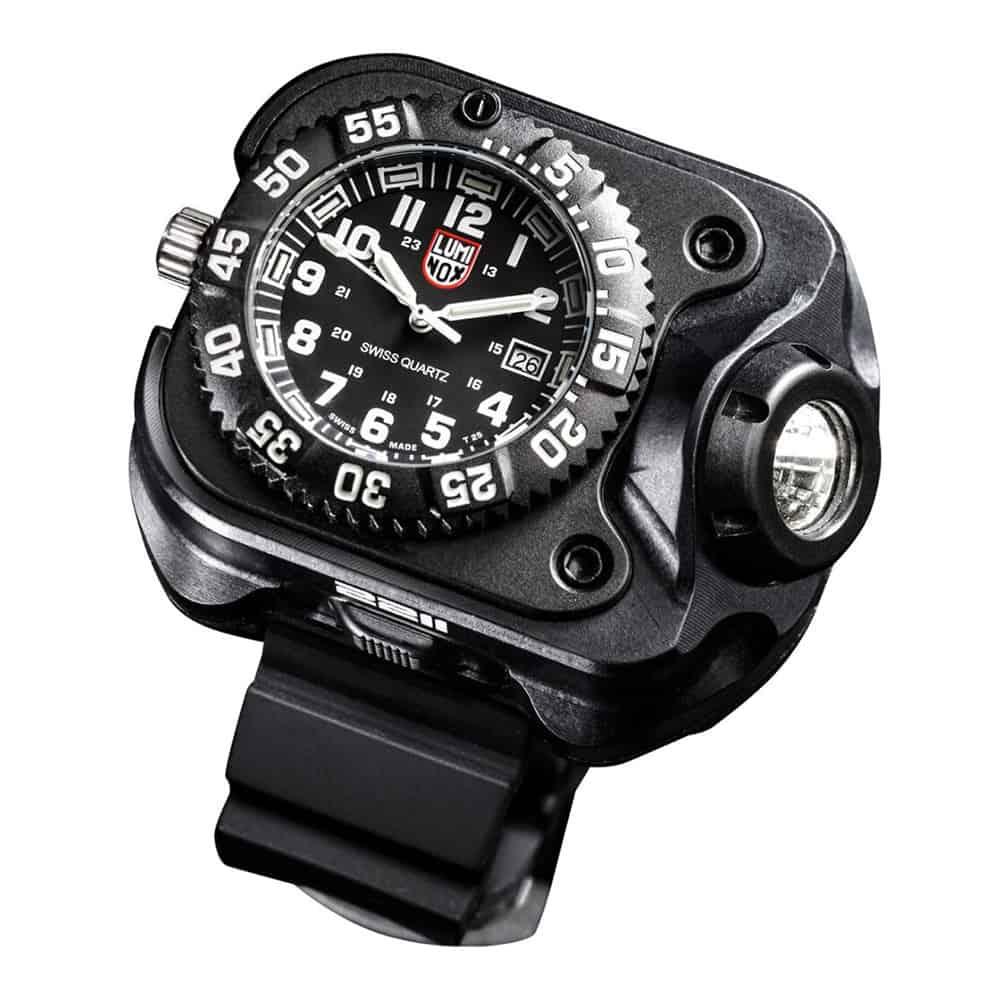Surefire-Luminox-Wristlight-Tactical-Watch