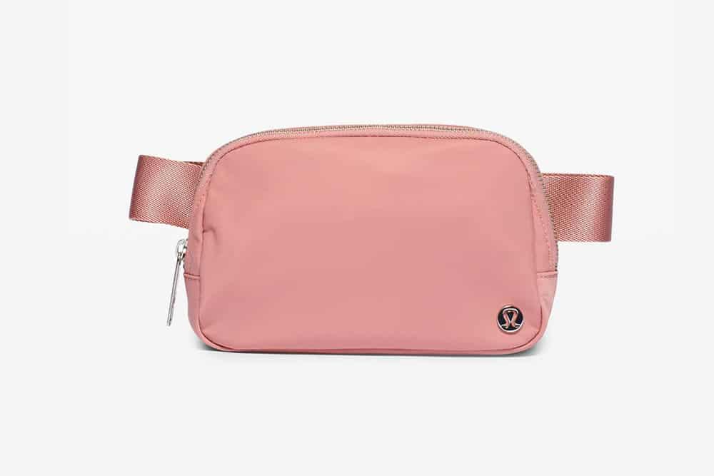 Lululemon-Everywhere-Belt-Bag