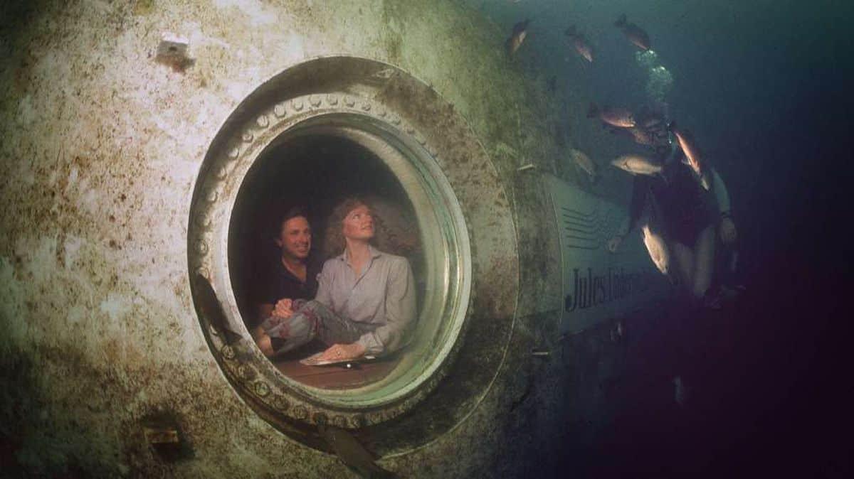 Jules Undersea Lodge Exterior