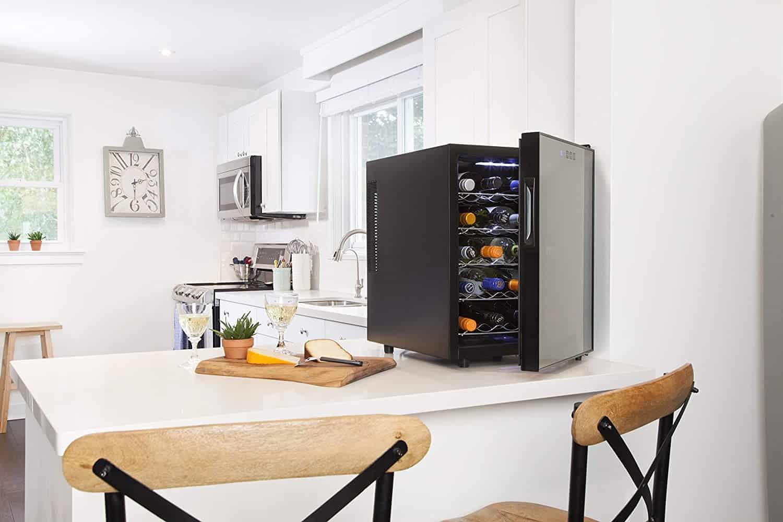 Koolatron's 20-Bottle Thermoelectric Wine Cooler