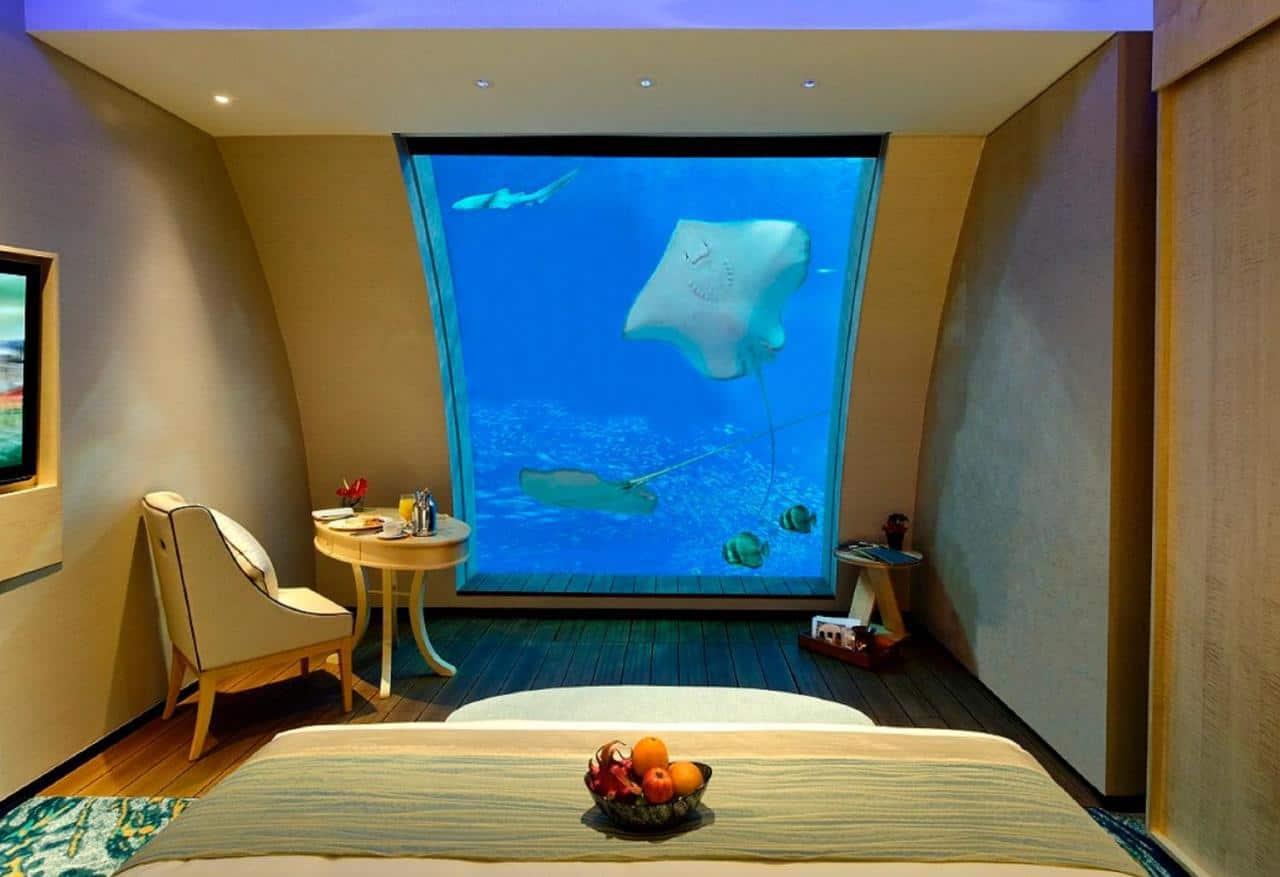 Resorts World Sentosa Underwater