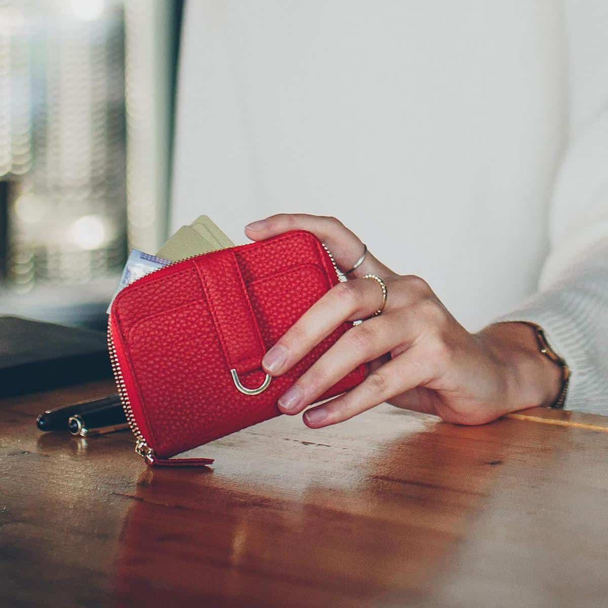 What to Look For in a Wallet