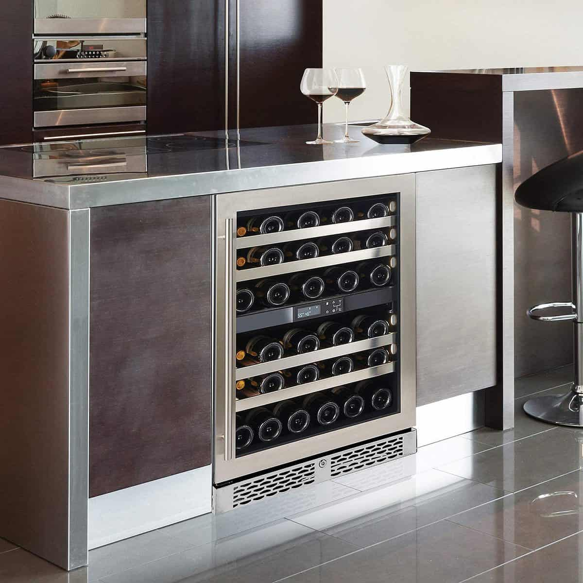 Wine Enthusiast Vinotheque Café