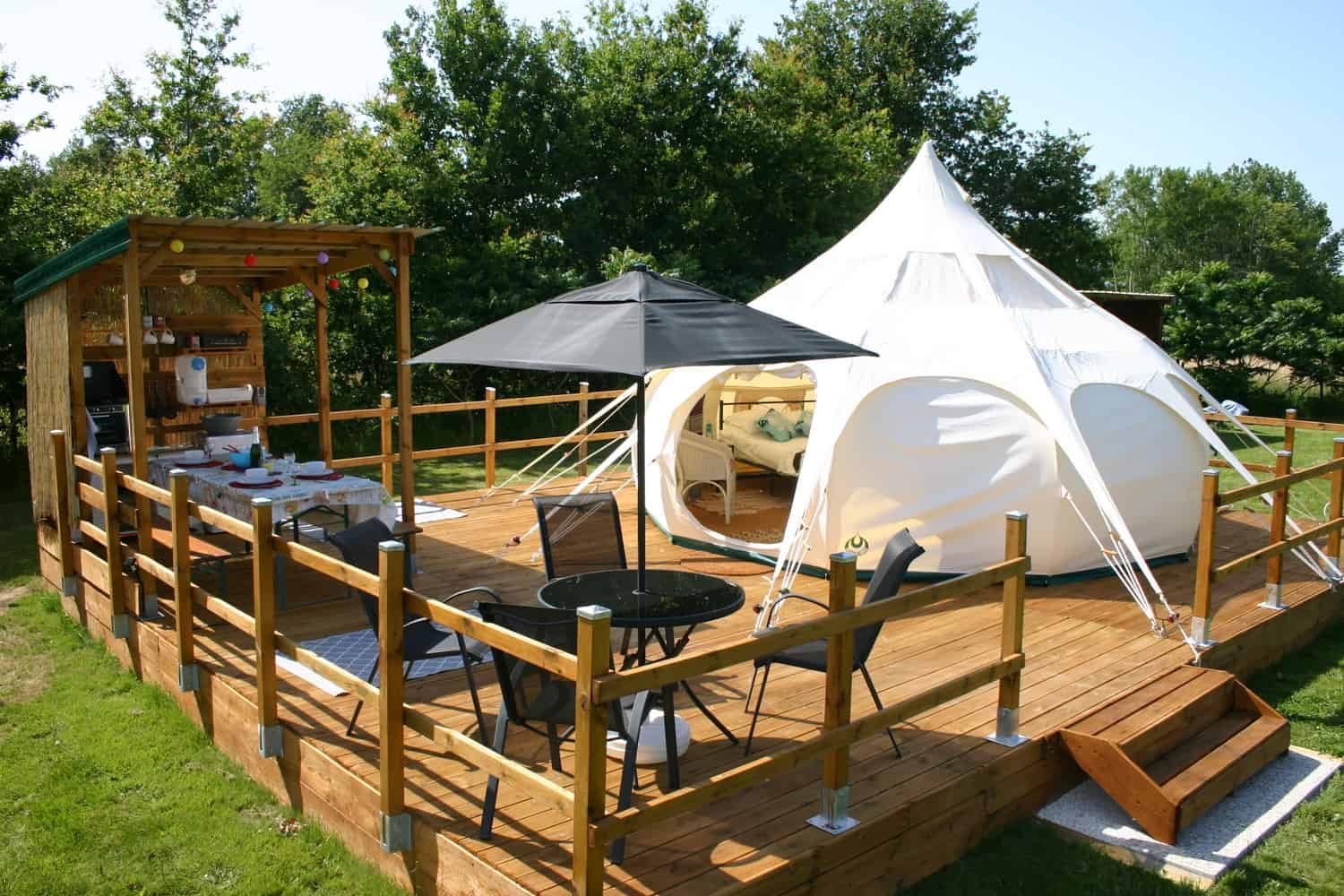 Luxury Camping: These are the 20 Best Glamping Tents!